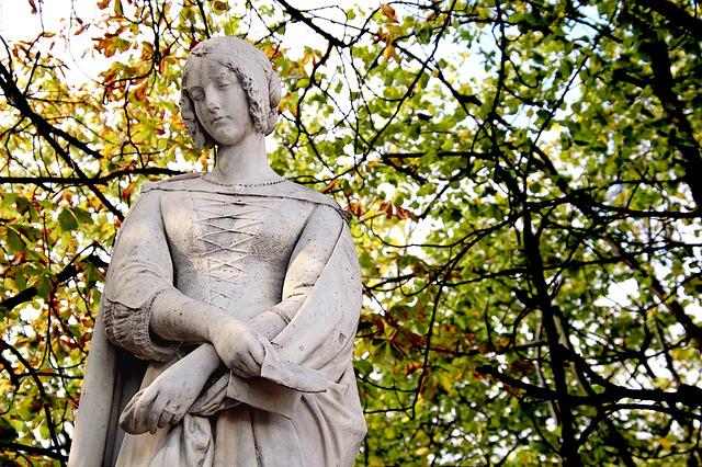venta de estatuas para jardin